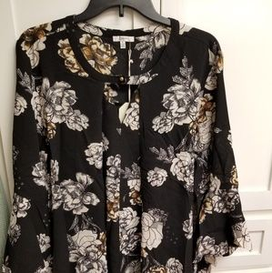 Black flowery tunic